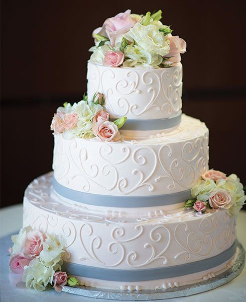 almond flavored wedding cake icing wedding cakes wrights dairy farm 10679